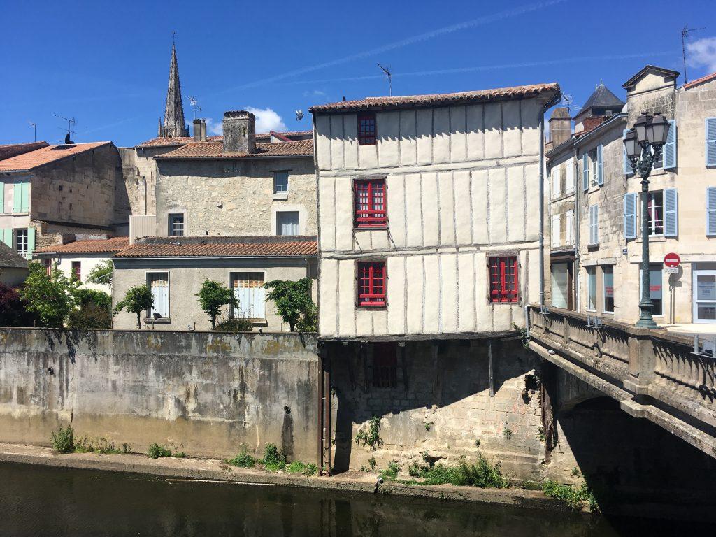 Fontenay-le-Comte, quai de la Vendée